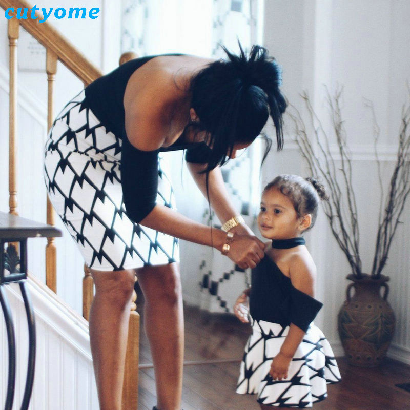 Mother and Daughter Dress Patchwork Off Shoulder Sleeve Family Matching Summer Clothes Outfits For Mommy And Me Cute Dresses (3)