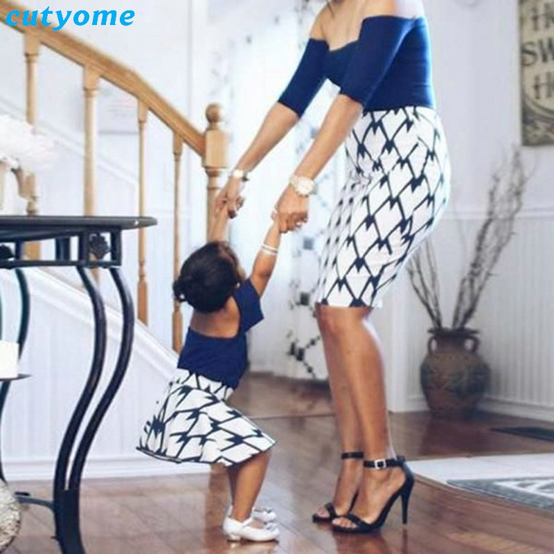 Mother and Daughter Dress Patchwork Off Shoulder Sleeve Family Matching Summer Clothes Outfits For Mommy And Me Cute Dresses (5)